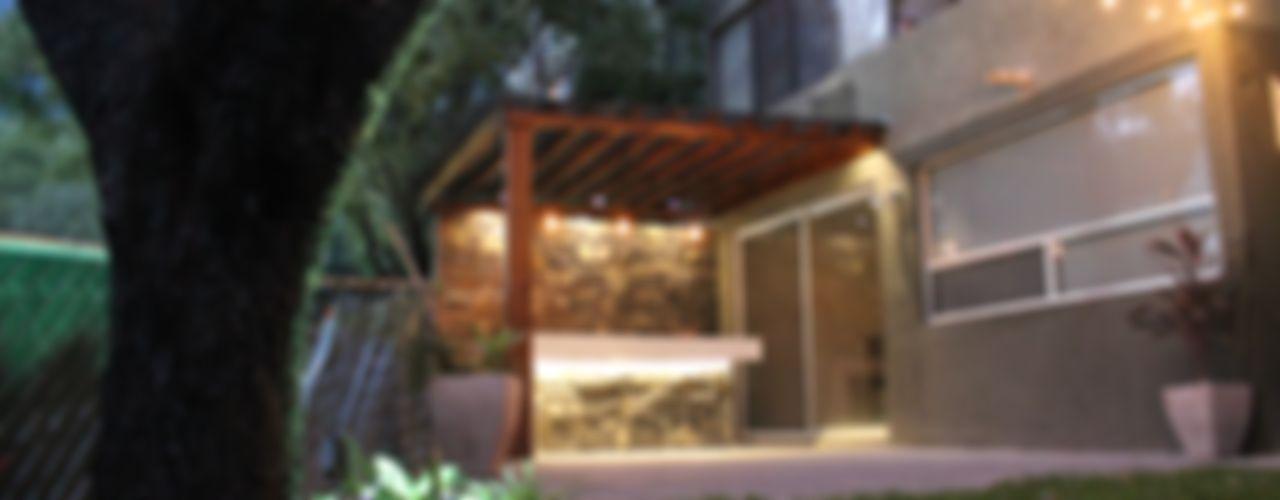 Chipinque Superficie Actual Balcones y terrazas modernos
