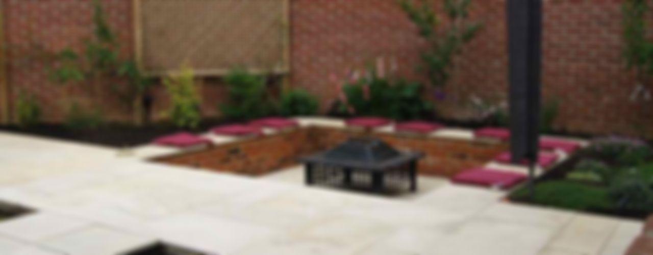 Small modern garden Jane Harries Garden Designs Modern garden
