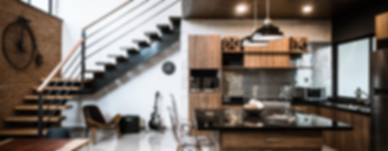 Arquitectos Ejecutivos 置入式廚房 花崗岩 Wood effect