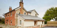 Casas rurales de estilo  de Hart Design and Construction