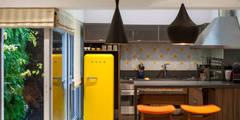 Cucina in stile in stile Moderno di ARQ_IN