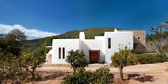 Exterior: mediterranean Houses by TG Studio