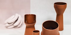 Benjamin Hubert's Pots:  de estilo  de Marta del Valle