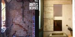 Reforma de baño:  de estilo  de Alcazar Construcciones