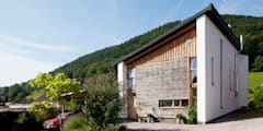 Un Y Berllan: modern Houses by CRSH Architecture and Energy