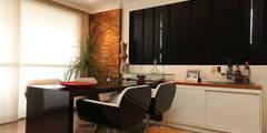SR 1600: Salas de estar clássicas por POCHE ARQUITETURA