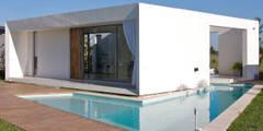 Casas de estilo moderno de VISMARACORSI ARQUITECTOS