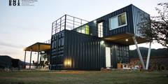 modern Houses by  (주)감동C&D 유니박스