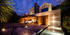 Rumah by BLOS Arquitectos