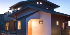 Casas de estilo clásico de 大森建築設計室
