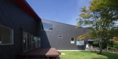 菅尾の曲屋: 田村の小さな設計事務所が手掛けた家です。