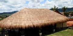 Vista externa da cobertura: Terraços  por MBDesign Arquitetura & Interiores