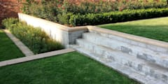 Farmers Folly, Lynnwood: modern Corridor, hallway & stairs by Gorgeous Gardens