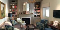 klassische Wohnzimmer von Hinson Design Group