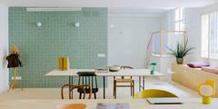 VISTA ENTRADA OFICINA: Oficinas y Tiendas de estilo  de nimú equipo de diseño