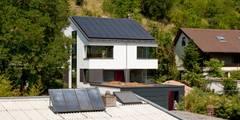 Außenansicht: moderne Häuser von tillschweizer.co