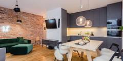 Mieszkanie na warszawskiej Pradze: styl , w kategorii Salon zaprojektowany przez Michał Młynarczyk Fotograf Wnętrz