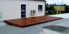 Taras drewniany na dachu. Realizacja w Zielonej Górze: styl , w kategorii  zaprojektowany przez PHU Bortnowski