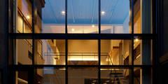 S邸: 腰越耕太建築設計事務所が手掛けた家です。