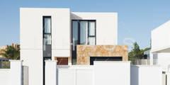 Prefabricated Home by Casas inHAUS