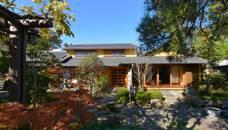 御用堀の家: ISO設計室が手掛けた家です。,