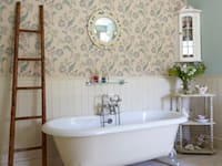holly keeling interiors and styling의  화장실
