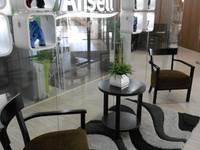 Imágen Corporativa en Recepción: Estudios y oficinas de estilo moderno por Diseño e Interiorismo