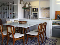 Sala da pranzo in stile in stile Moderno di ARQ_IN