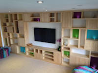 Ash bookcase: modern Media room by David Holliday Kitchens