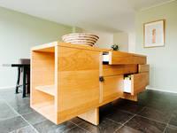 Oak Kitchen:   door Atelier 010