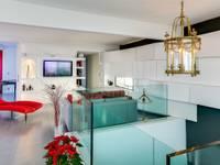 Loft à Paris: Salon de style de style Moderne par Meero