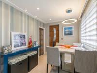 Sala de jantar Clean: Salas de jantar ecléticas por Lo. interiores