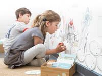 Detail der Bilderpaar-Spielwand »Angelteich«:   von Büro Köthe
