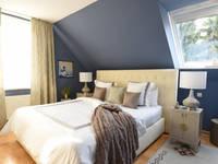 Elegantes Schlafzimmer: klassische Schlafzimmer von Homemate GmbH
