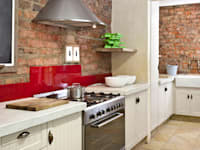 Renovated cooking area: rustic Kitchen by deborah garth interior design