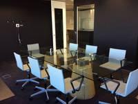 modern Study/office by Empresa constructora en Madrid