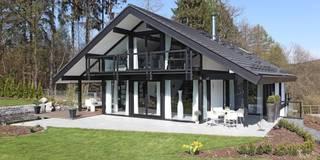 Maisons de style  par DAVINCI HAUS GmbH & Co. KG