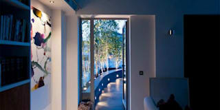 Victoria 1, London:  Terrace by Urban Roof Gardens