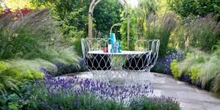 Jardines de estilo rural de Garden Club London