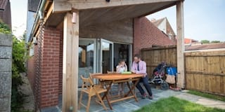 Casas de estilo moderno de Hart Design and Construction