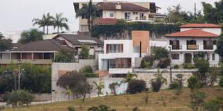 Residência Parque dos Príncipes: Casas modernas por Nautilo Arquitetura & Gerenciamento
