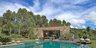 rustic Houses by Beth Marquez Interiores