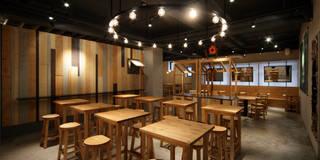 Musashino campus / 武蔵野カンプス: 株式会社POINTが手掛けたレストランです。