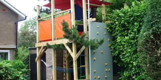 Tree house: modern Garden by TreeSaurus