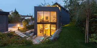 Casas de estilo moderno por von Mann Architektur GmbH