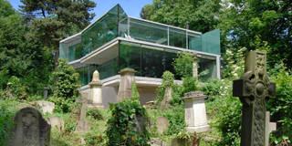 Casas de estilo minimalista por Eldridge London