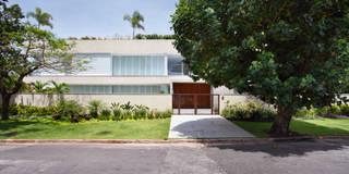 Projekty, nowoczesne Domy zaprojektowane przez BC Arquitetos
