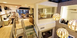 Hoteles de estilo  por Estudio Arqt