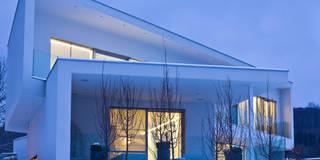 Haus P: moderne Häuser von Anthrazitarchitekten