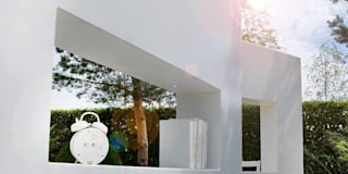 Jardines de estilo moderno por Carla Wilhelm